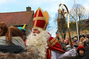 Sinterklaas is in Arum!